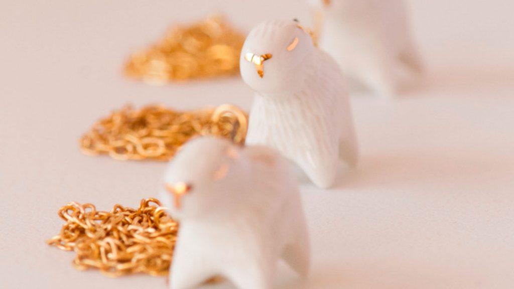 Joyería salvaje en porcelana y oro