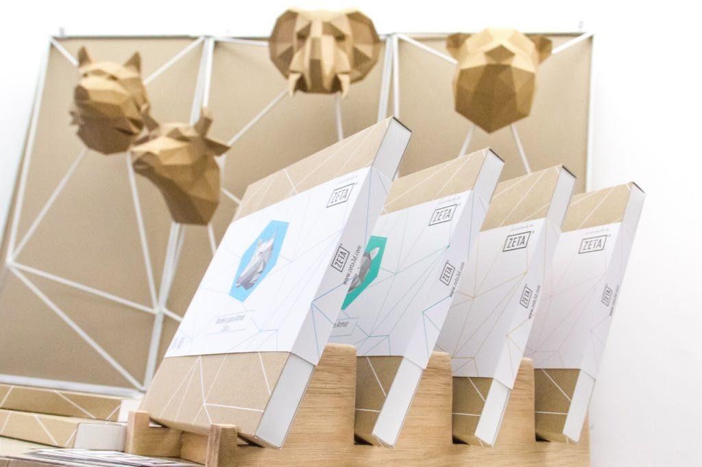 Cabezas de animales en papel kraft
