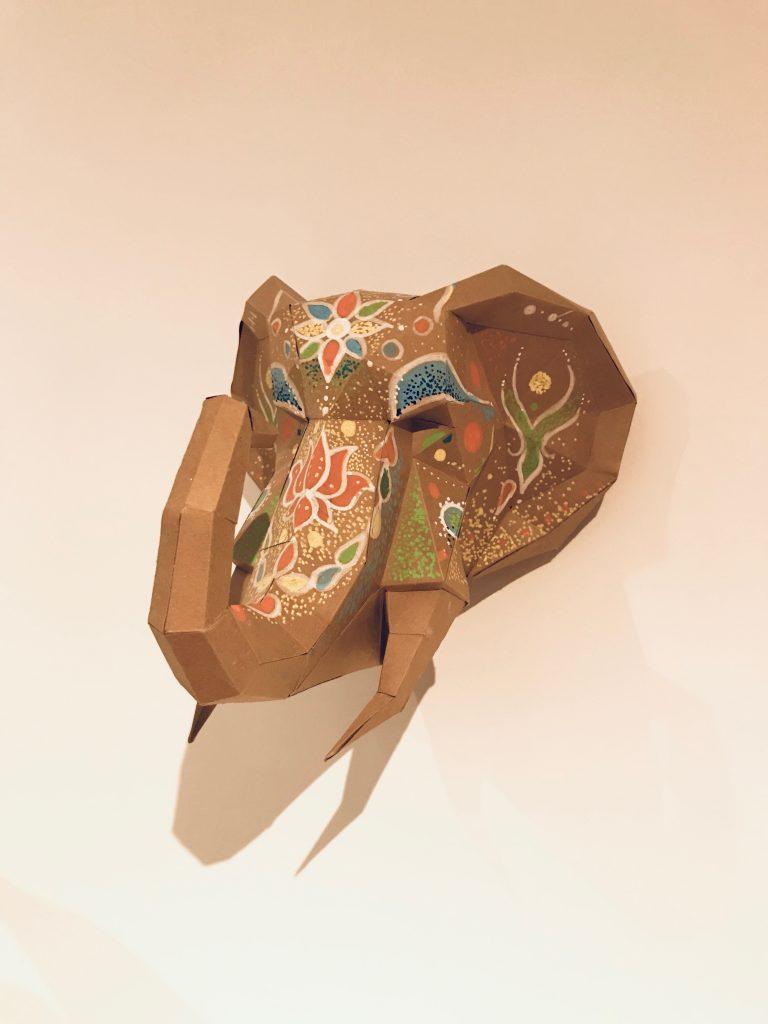 Además de armarla, cada cabeza se puede pintar o modificar siguiendo el propio estilo