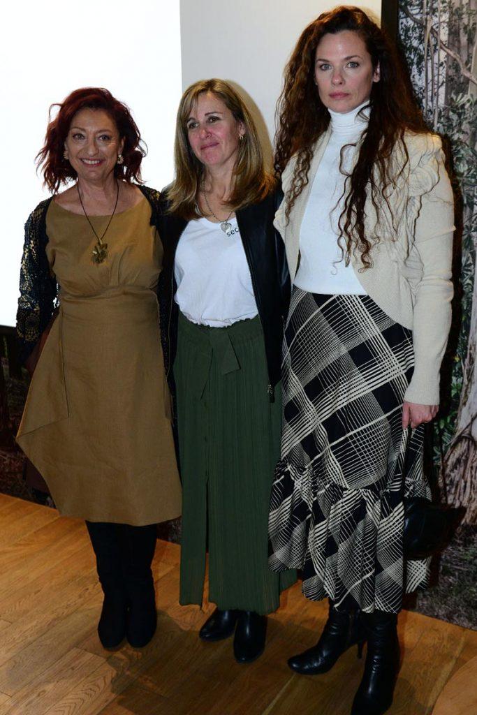 Valeria Polacsek junto a las mentoras de #FPD2019, Mónica Cohen y Luisa Norbis.