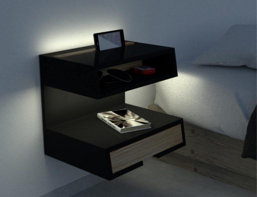 La iluminación es graduable y las mesas d eluz tienen ranuras para tablets y smartphones.