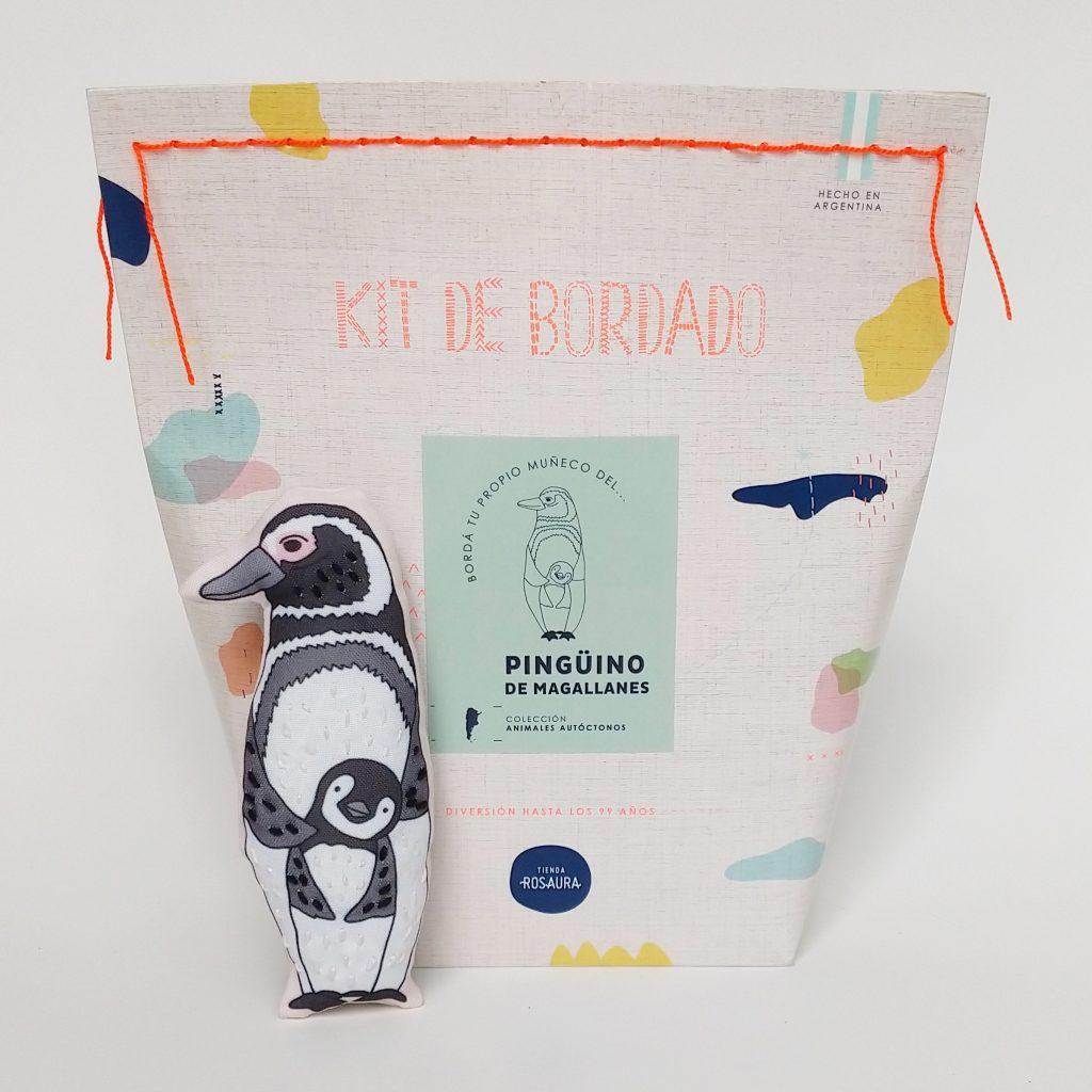 Kit de bordado basado en especies argentinas.Agustina Giorgio aprendió a bordar. Le enseó su gran amiga, Francisca Hollmann. Juntas crearon Tienda Rosaura