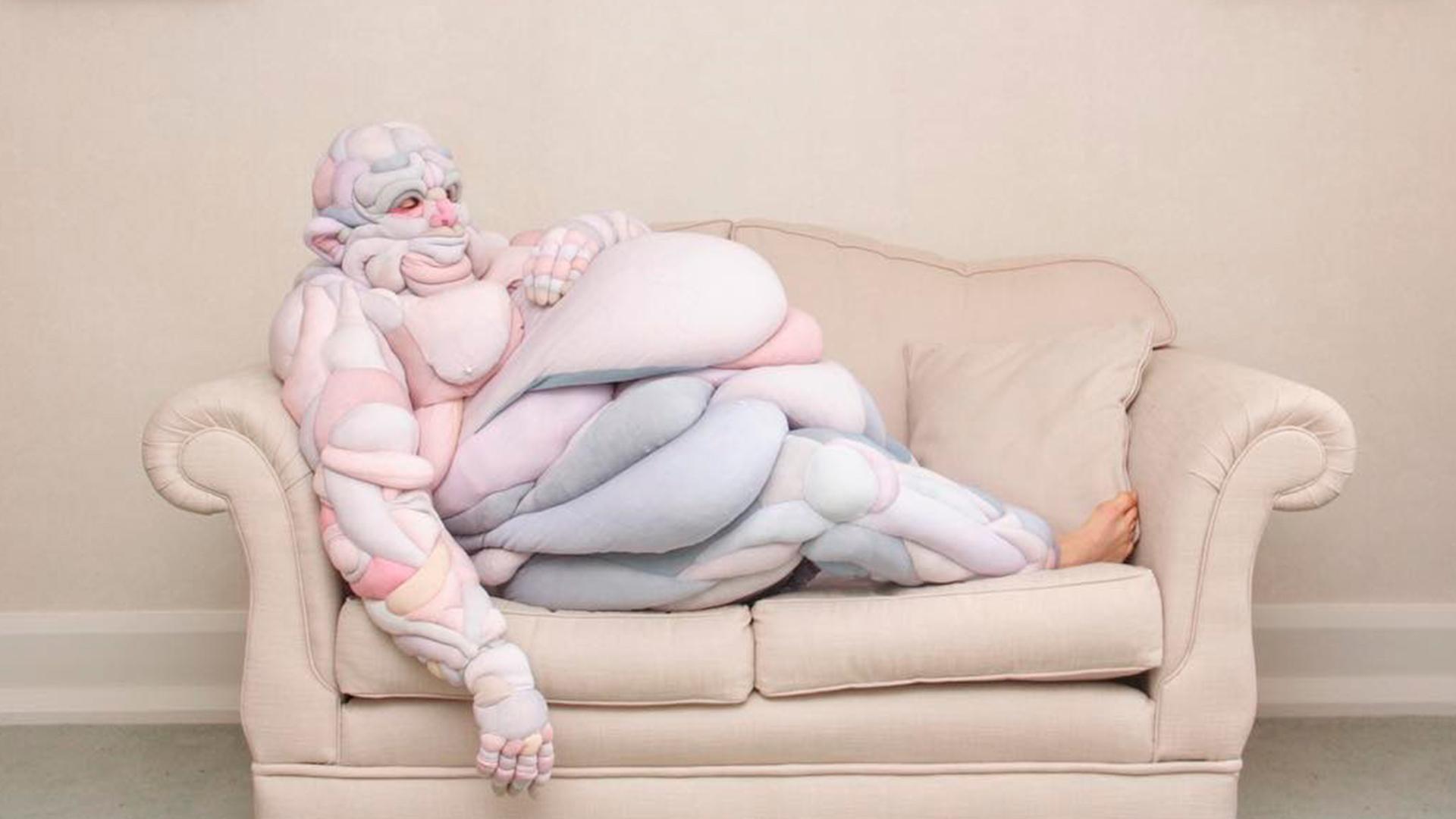 Experimentación textil en el arte de Daisy Collingride: la artista que creó para Björk