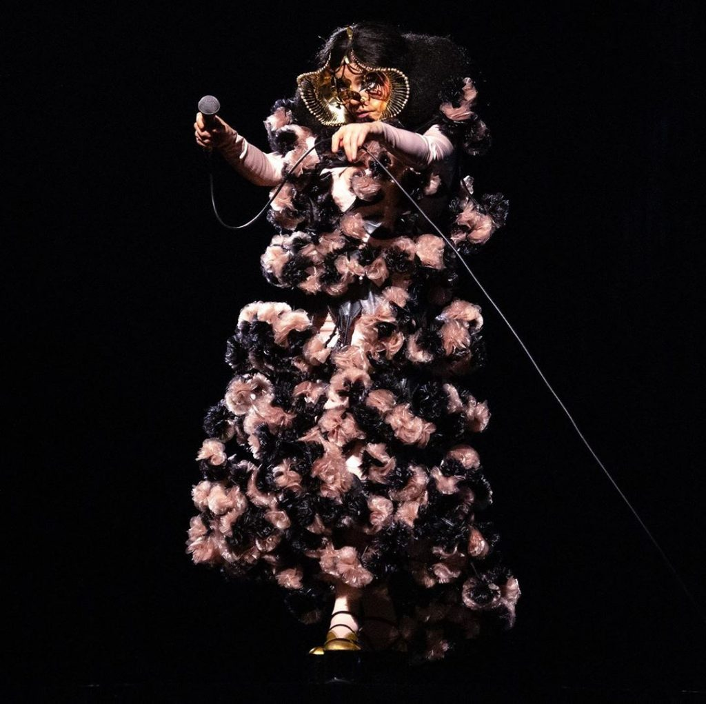 Noir Kei Ninomiya: el diseñador que creó para Björk