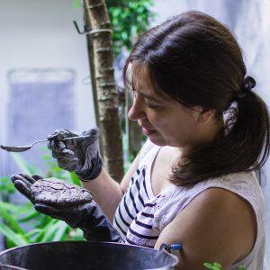 Paula Rodriguez: la arquitecta que hace objetos de hormigón