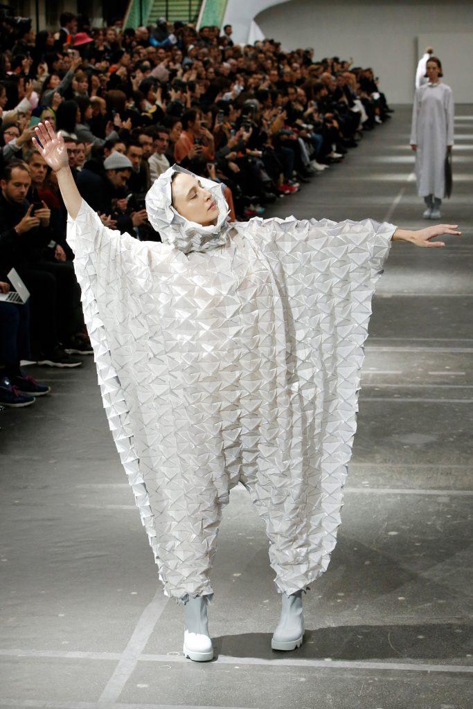 Issey Miyake. Prendas origami