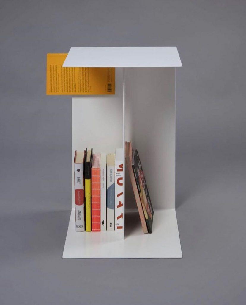 Biblioteca con diseño by Pawel Grobelny Design