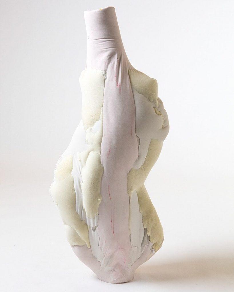Julia Olanders. Materiales tóxicos transformados en