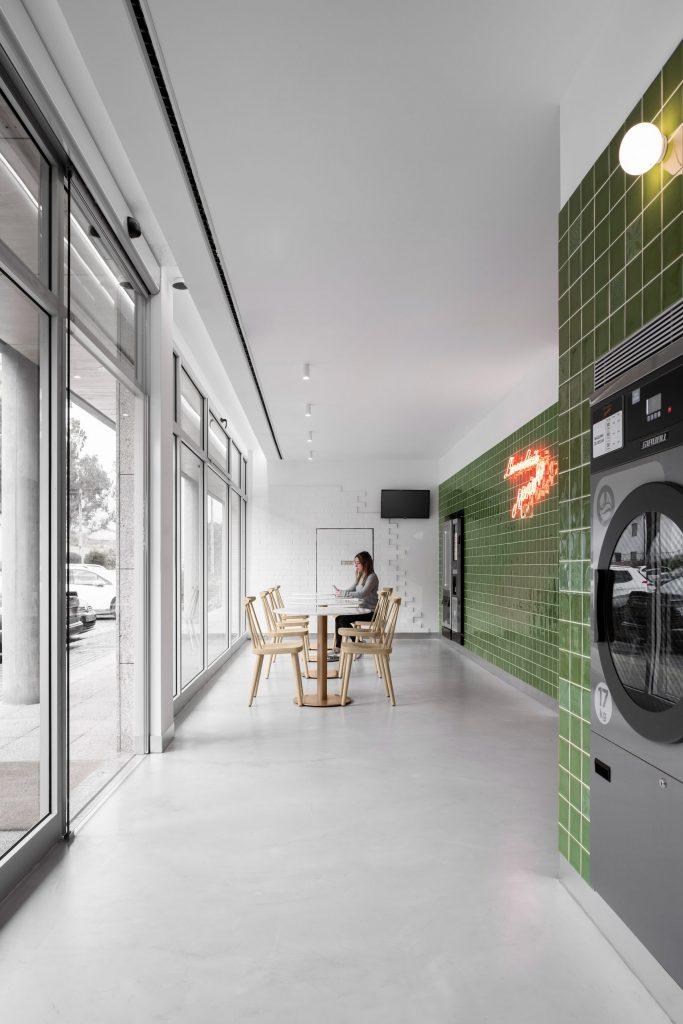 Un lavadero con diseño