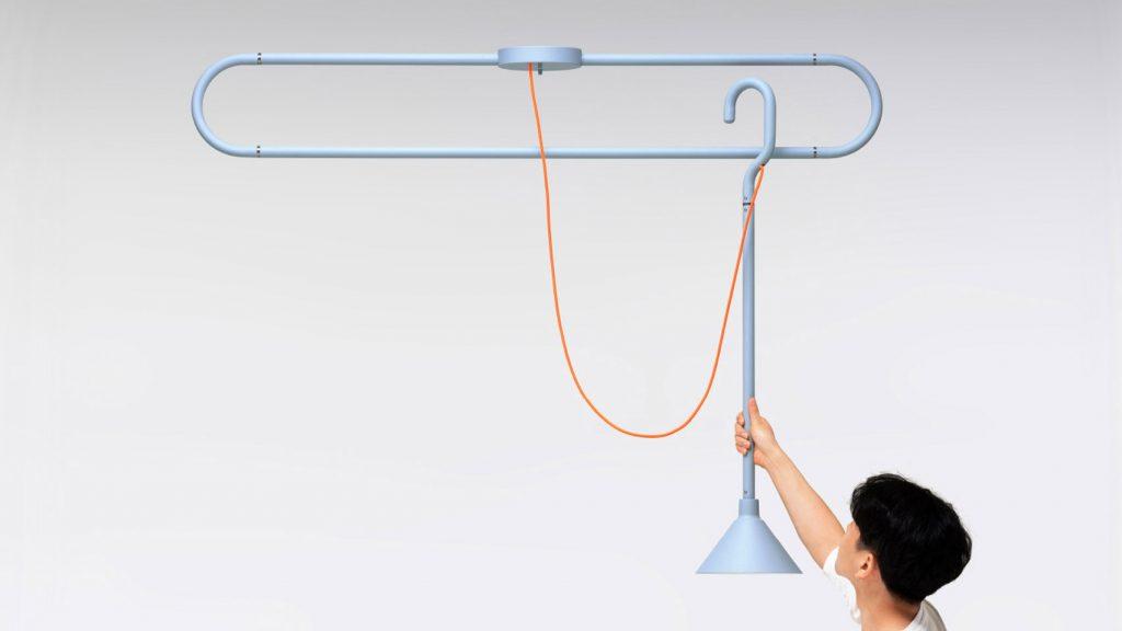 Lámpara inspirada en las perchas