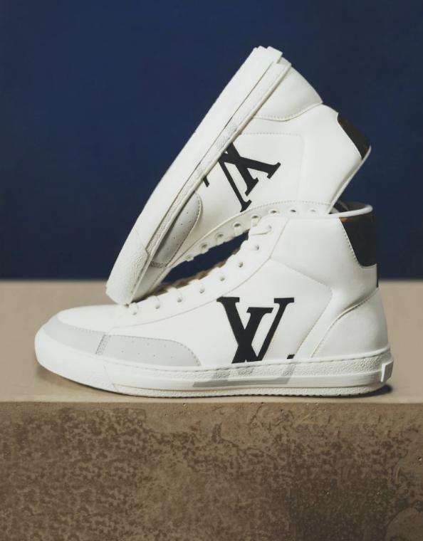 Louis Vuitton lanzará en noviembre las zapatillas Charlie, de confección sustentable y diseño unisex.