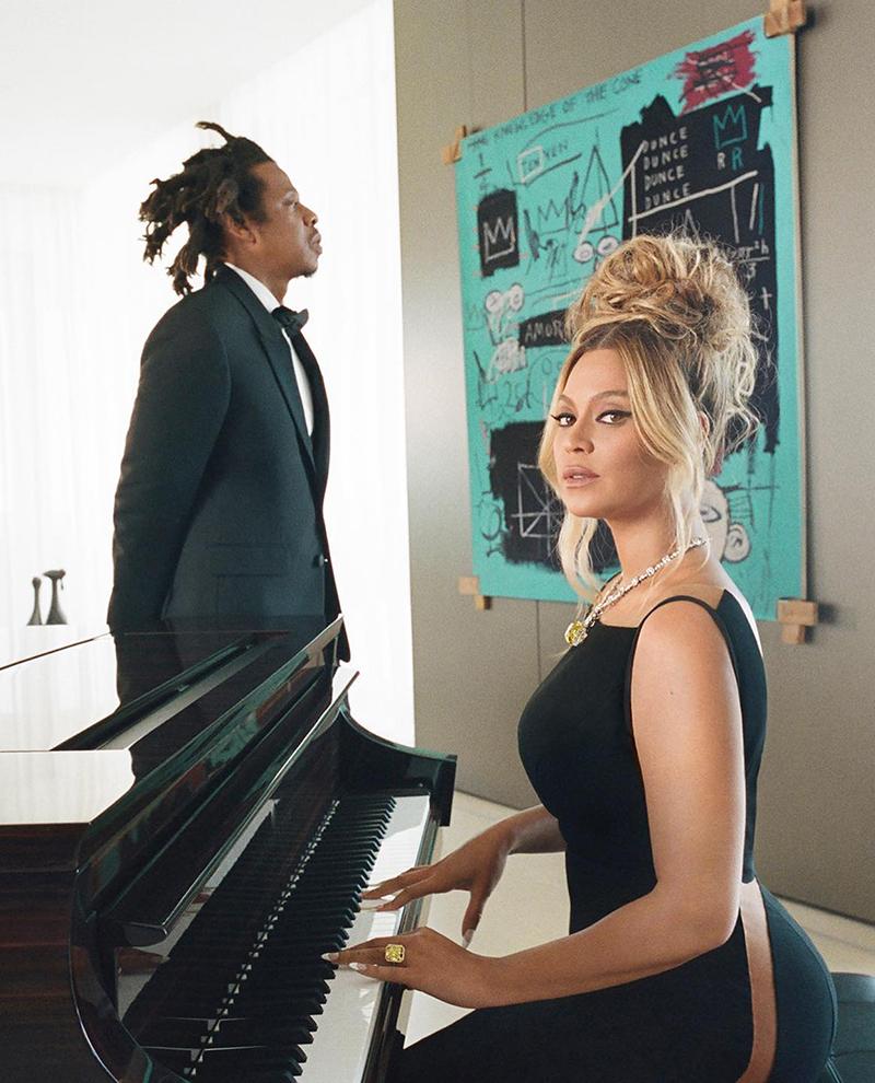 """Beyoncé hizo un cover de """"Moon River"""", el tema de Desayuno en Tiffany."""