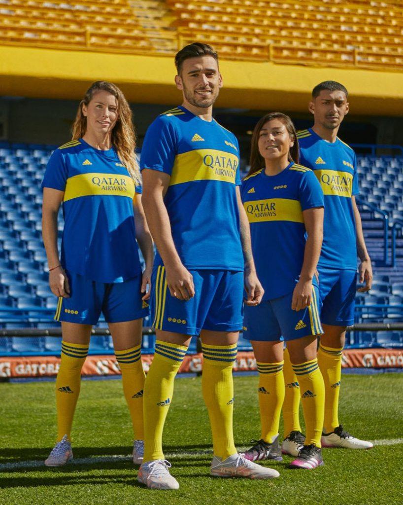 Jugadores y jugadoras de Boca estrenan la camiseta que celebra a Maradona.