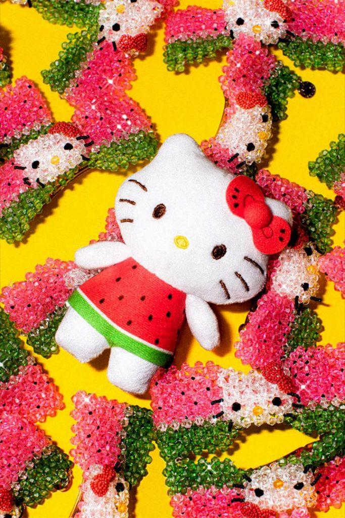 Kitty, estrella de la colección Susan Alexandra x Hello Kitty.