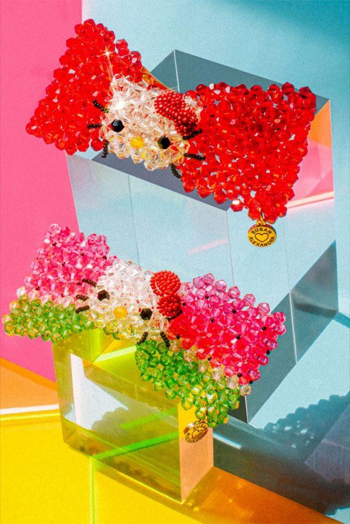 Broches de la colección limitada Susan Alexandra x Hello Kitty.