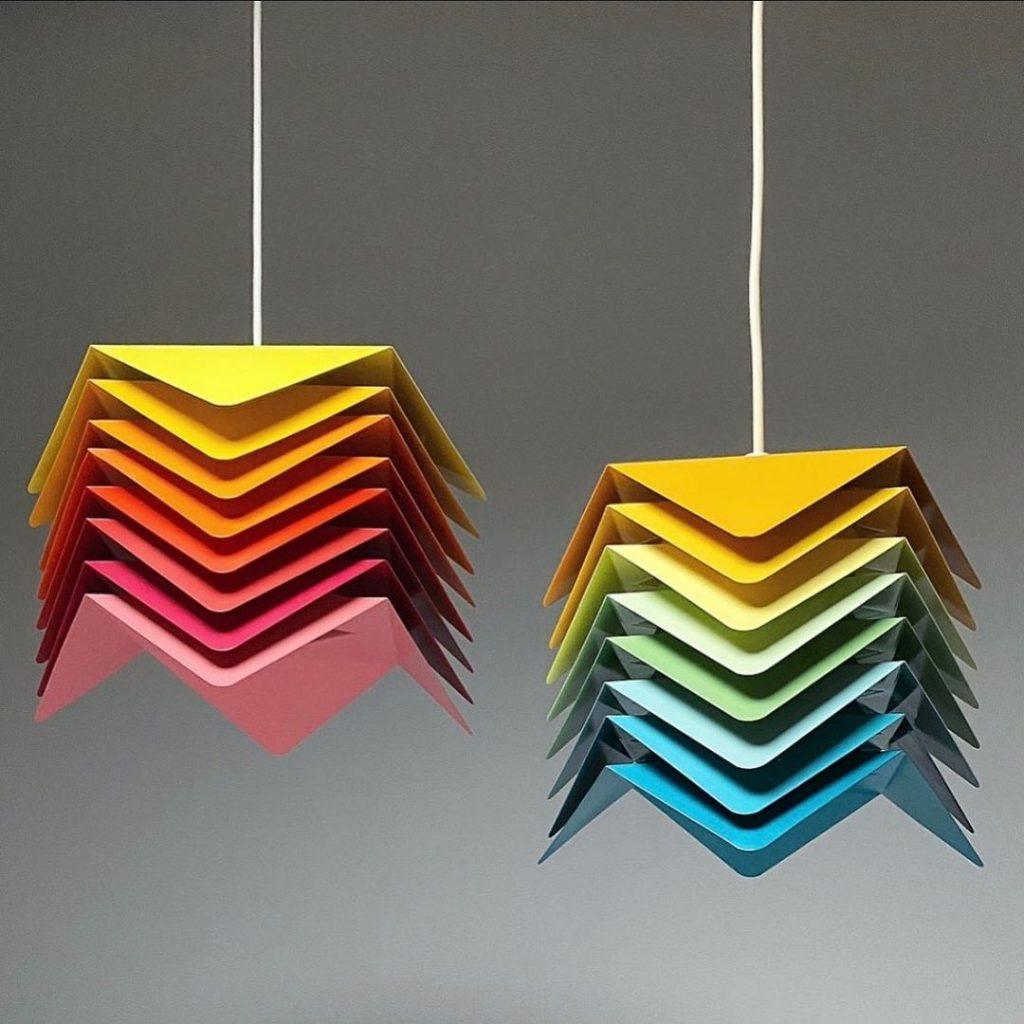 La firma danesa sorprende con sus diseños de lámparas modernas y retro.
