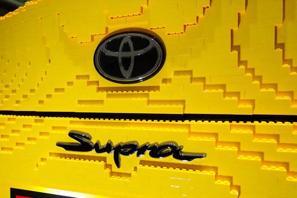 Detalle de una nueva alianza de Toyota con Lego.
