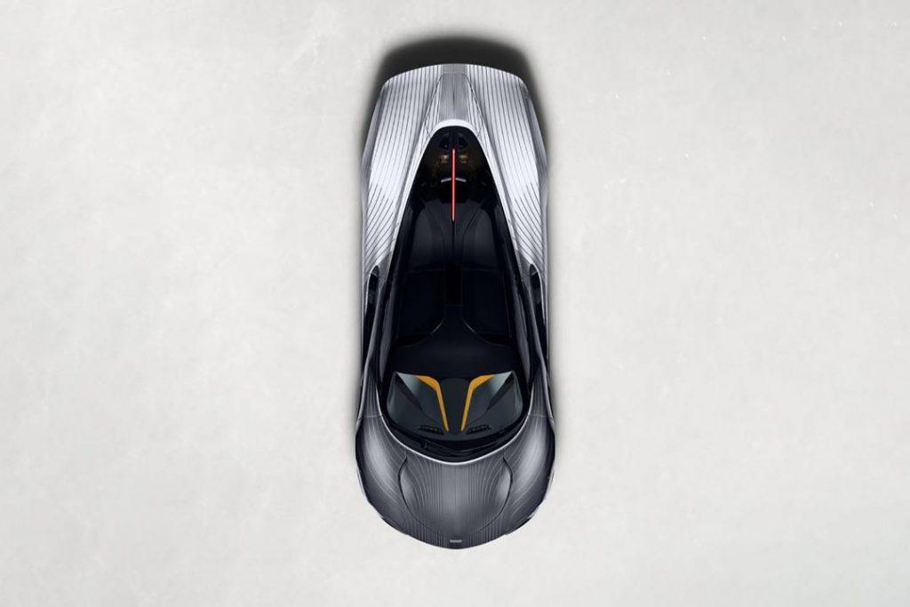 Una vista cenital del McLaren Speedtail, de alto diseño.