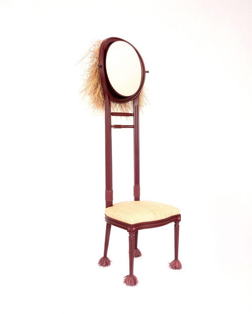 La silla Dior Medaillon de Khaled El Mays.