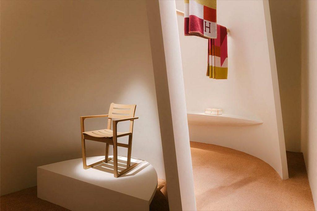 Una silla de Hermès Home Collection estrenada en la semana del diseño de Milán.