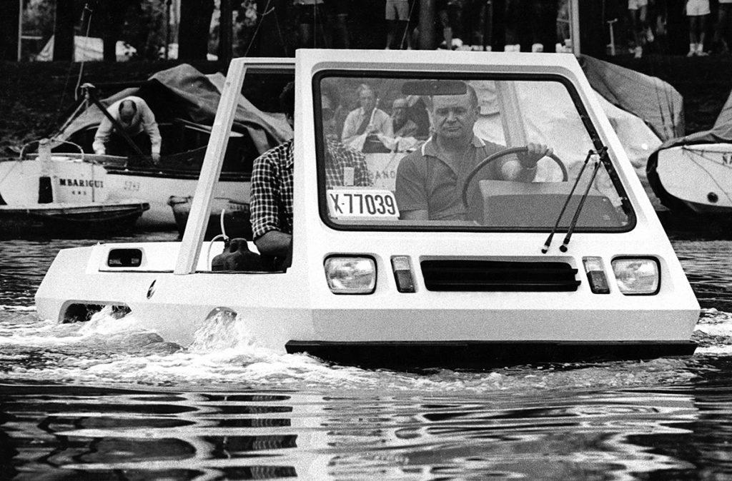 El auto anfibio argentino.