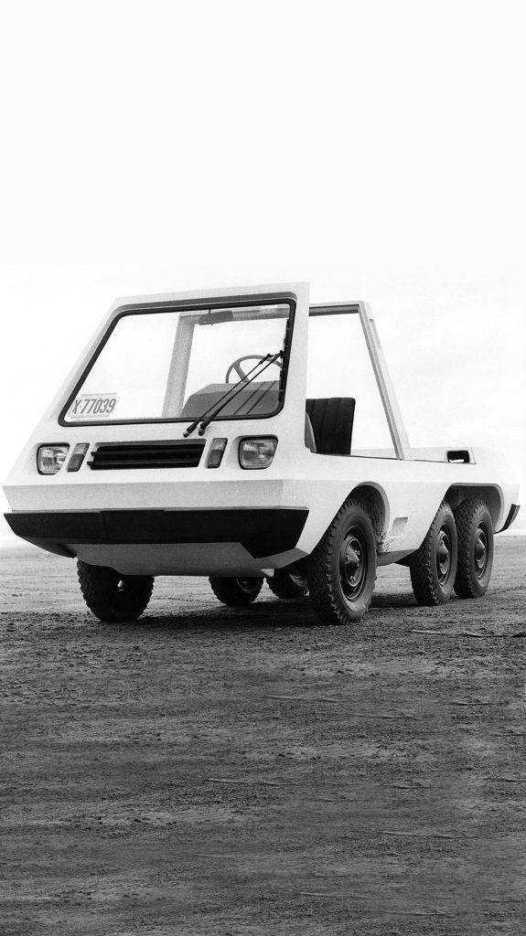 El diseño del auto anfibio argentino de los años 70, con increíbles similitudes a los autos eléctricos de la actualidad.