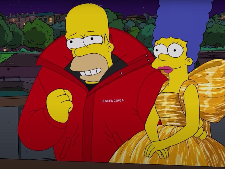 Homero quiere regalar a Marge un mega vestido de Balenciaga.